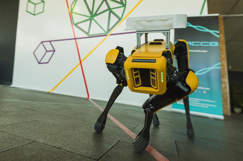 ftalks20-Macco-Robot